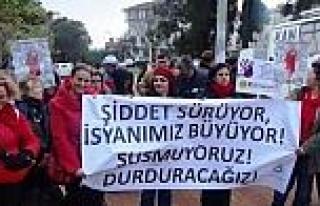 Eğitim-senli Kadınlar Tekirdağ'da Şiddete 'dur'...