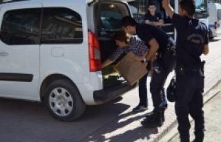 Emekli öğretmen FETÖ'den tutuklandı