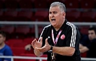 Erhan Toker istifa etti!