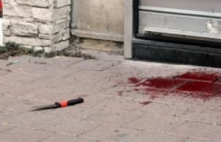 Fatih'te bıçaklanan kuyumcu hayatını kaybetti