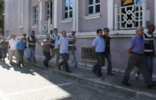 Fethiye'de FETÖ/PDY'den 15 kişi Adliyeye...