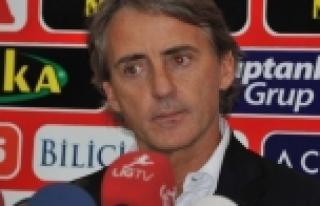 Galatasaray Mancini ile devam edecek mi?