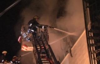 İstanbul'da tekstil deposunda yangın