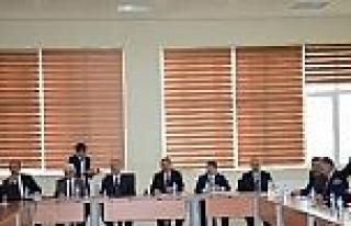 İ.ü Senatosu Darende'de Toplandı