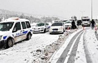 İzmir-İstanbul yolu trafiğe açıldı