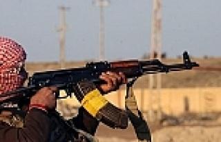 Kadın kıyafetli IŞİD militanı