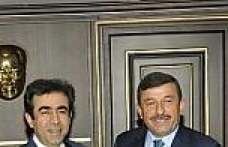 Karabacak Vali Güzeloğlu'nu Maratona Davet Etti