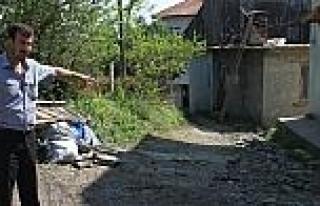 Korubaşı Mahallesi Sakinlerinden Bozuk Yol Tepkisi