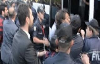 KTÜ'de 20 öğrenci gözaltına alındı