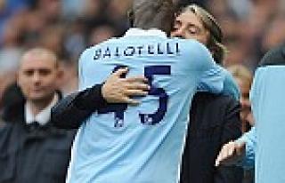 Mancini'den Prandelli'ye jest!