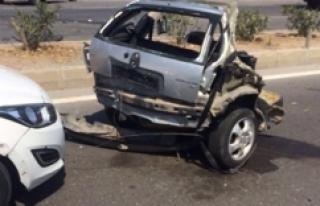 Otomobil ikiye bölündü: 1 ölü, 4 yaralı