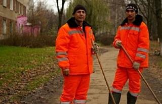 Özbekler Rusya'da çalışmaktan vazgeçti