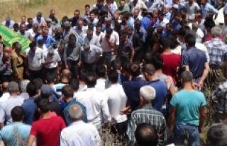 PKK'nın öldürdüğü kuzenler toprağa verildi