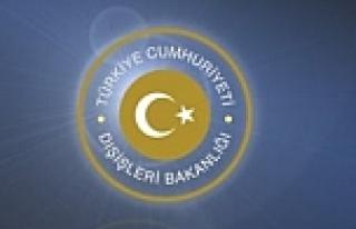 Rehin alınan 4 Türk serbest
