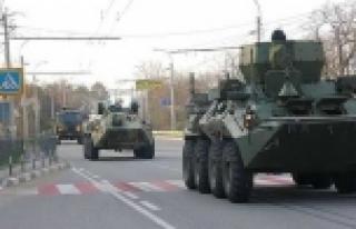 Rus tankları Ukrayna'ya girdi iddiası