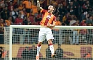 Sneijder'ın menajerinden mesaj var!