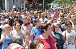 Soma'da yürüyüş için toplandılar
