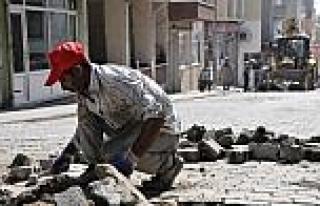 Süleymanpaşa'da Bozulan Yollardaki Kilit Taşları...