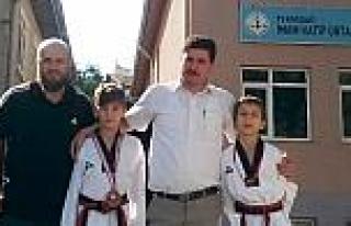 Taekwondo Türkiye Üçüncüsü Tekirdağ İmam Hatip...