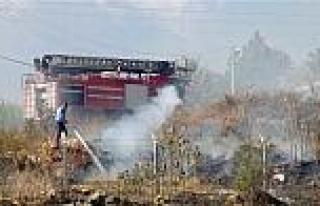 Tarihi Kale Yakınında Yangın