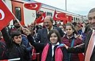 Tekden'in 7. Cumhuriyet Treni Sivas'a Doğru Yola...