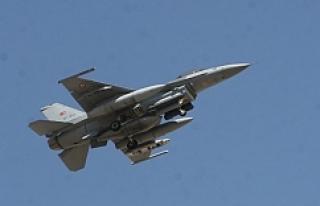 Türk savaş uçakları PKK kamplarına yöneldi