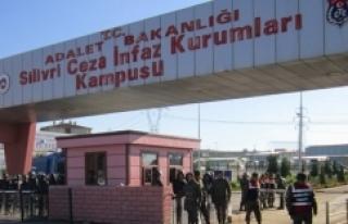 Üst rütbeli bir subay cezaevinde intihar etti