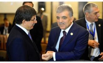 """Gül-Davutoğlu zirvesinin perde arkası: """"Sizinle değilim!"""""""