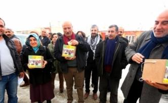 """Edremit'te """"öcalan'a Özgürlük, Kobani'ye Yardım"""" Kampanyası"""