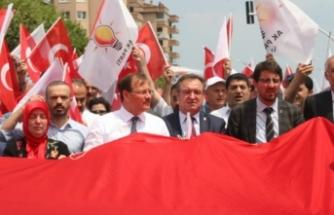Bursa'da AK Partililer sevgi yürüyüşünde buluştu