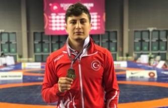 Bursalı sporcu Avrupa Şampiyonu oldu