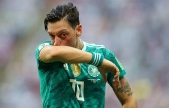 """Bayern Münih Başkanı'ndan çok sert yorum: """"Mesut yıllardır b.. gibi oynuyordu"""""""