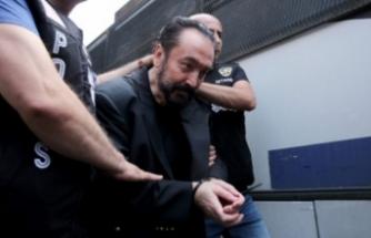 "Bir skandal daha: ""Lezbiyenlik helal!"""