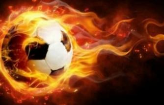Efsane oyuncu futbolu bırakıyor