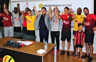 Es-Es''te hedef Süper Lig... 8 oyuncuya imza attırdılar