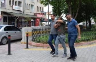 Eşini fuhşa zorladı karşı çıkınca dövdü! Arkadaşıyla birlikte tutuklandı