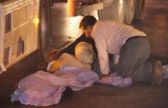 Bu acıya yürek dayanmaz! Ölen oğlunu uyandırmaya çalıştı
