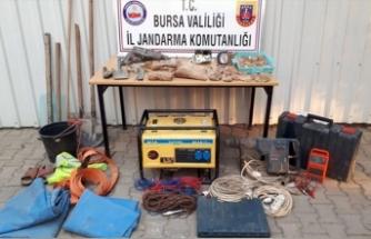 Bursa'da define avcıları suçüstü yakalandı!