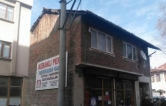 Bursa'da trafiği aksatan bina yıkıldı