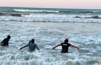 Denizde kaybolan Efe'nin cansız bedenine ulaşıldı