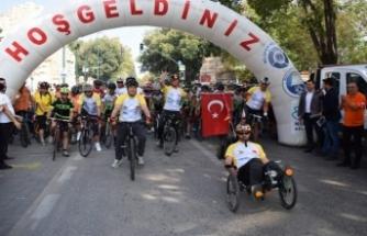 Bursa'da bisikletli yaşam için pedal çevirdiler