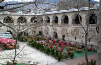 Bursa'da tarihi handa isyan ettiren görüntü!
