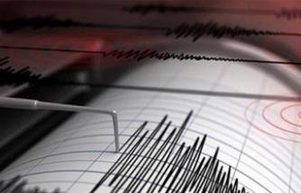 Korkutan deprem! 4 şiddetinde sallandı!