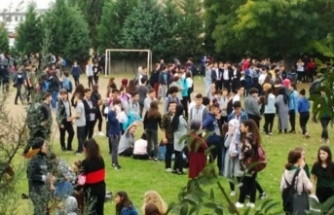 Lisede keskin koku! Öğrenciler tahliye edildi