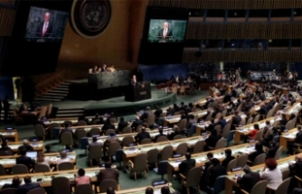 BM'de kılıçlar çekildi!