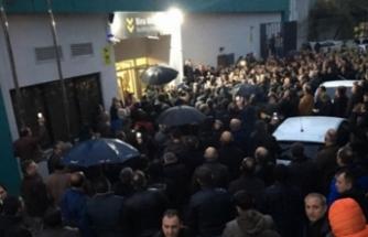 Bursa'da EYT izdihamı! 4 bin kişi salona giremedi!