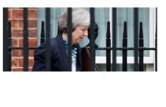 May: Brexit oylaması ertelendi