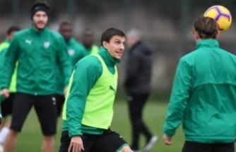 Timsah, Antalyaspor'a bileniyor!