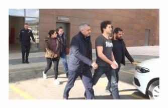 Tıp öğrencisi ve doktor sevgilisi tutuklandı