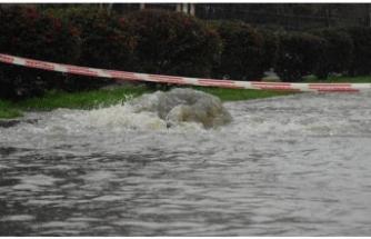 Şiddetli yağmur felaketi yaşattı!
